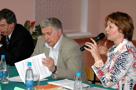 24 мая 2006 года в ИГУМО прошло заседание круглого стола на тему «Порядок оформления и заключения коммерческих предложений»