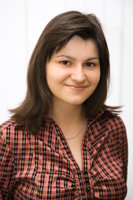 выпускницу факультета иностранных языков ИГУМО Куреня Оксану Олеговну