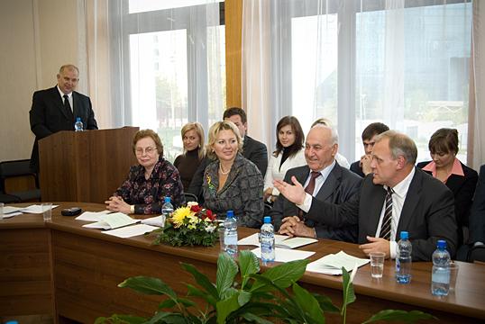 Поздравляем Марину Владимировну с успешной защитой докторской диссертации