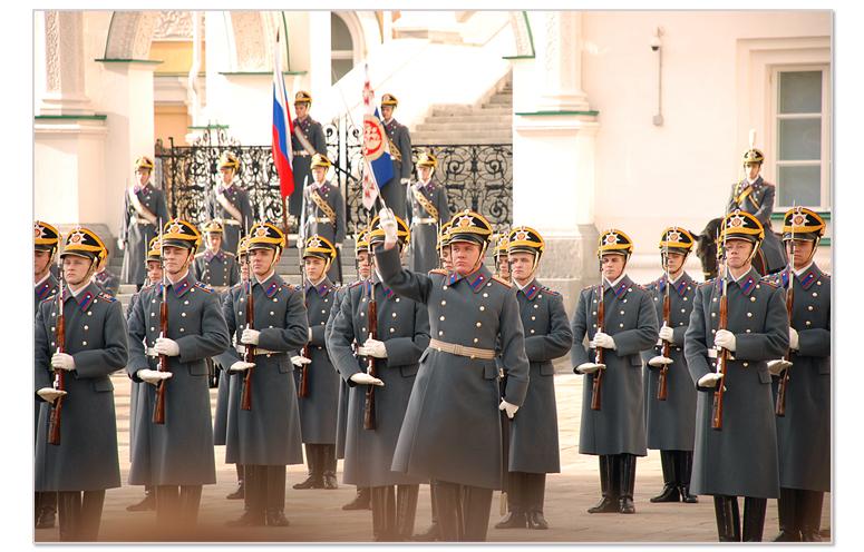 Церемониальный развод конных и пеших караулов Президентского полка, или как юные фотографы провели воскресное утро